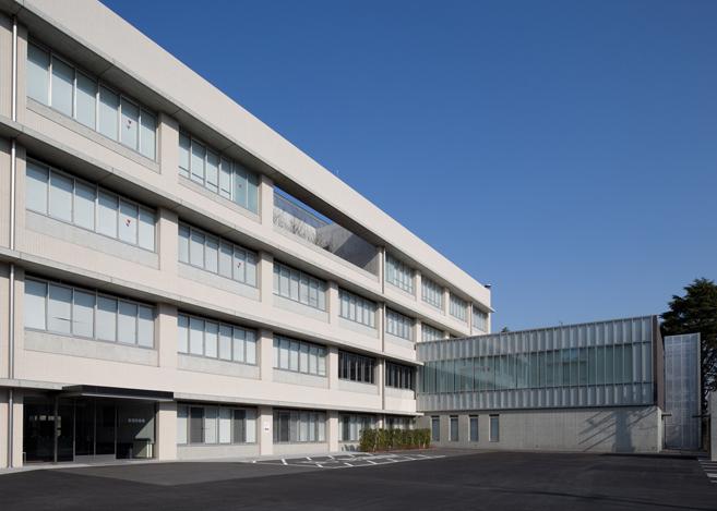 周辺環境を活かした機能的で快適な研修施設